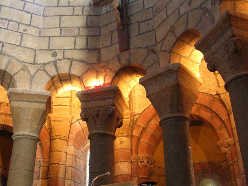 Saint-Urcize, beautiful heritage in Aubrac-12