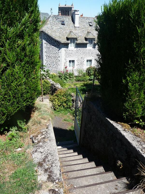 Saint-Urcize, beautiful heritage in Aubrac-10
