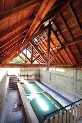 Hot water washhouse-1