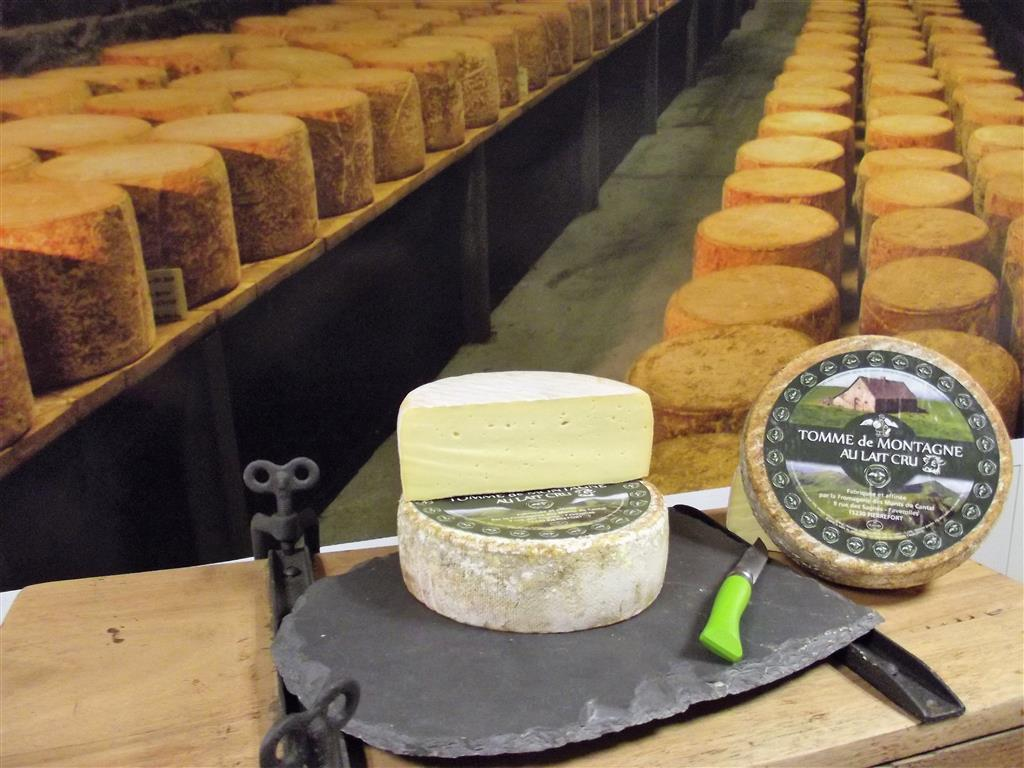 "Dairy ""Fromagerie des Monts du Cantal""-4"
