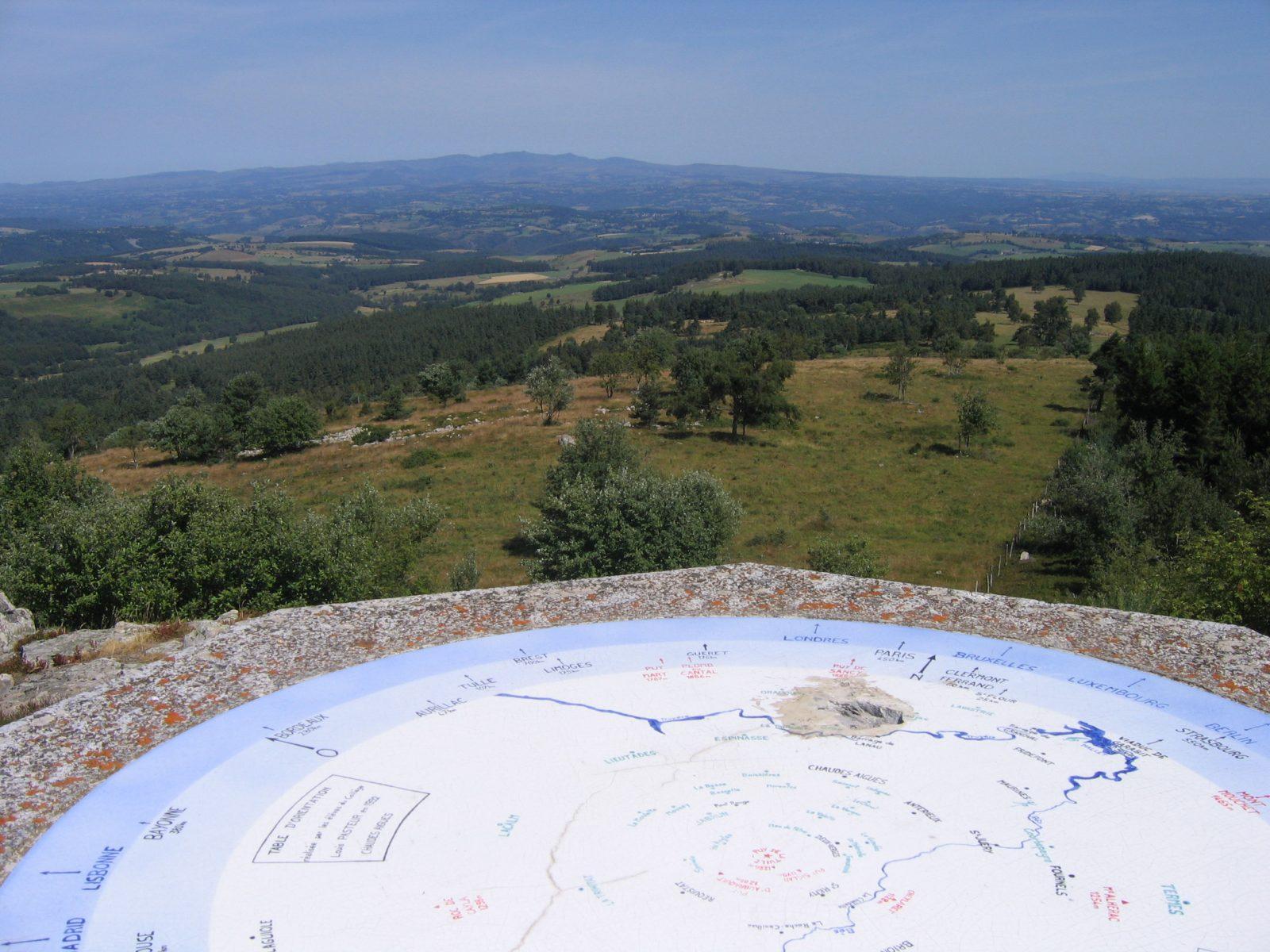 "Puy de la Tuile peak and ""apprenti botaniste"" discovery path-6"