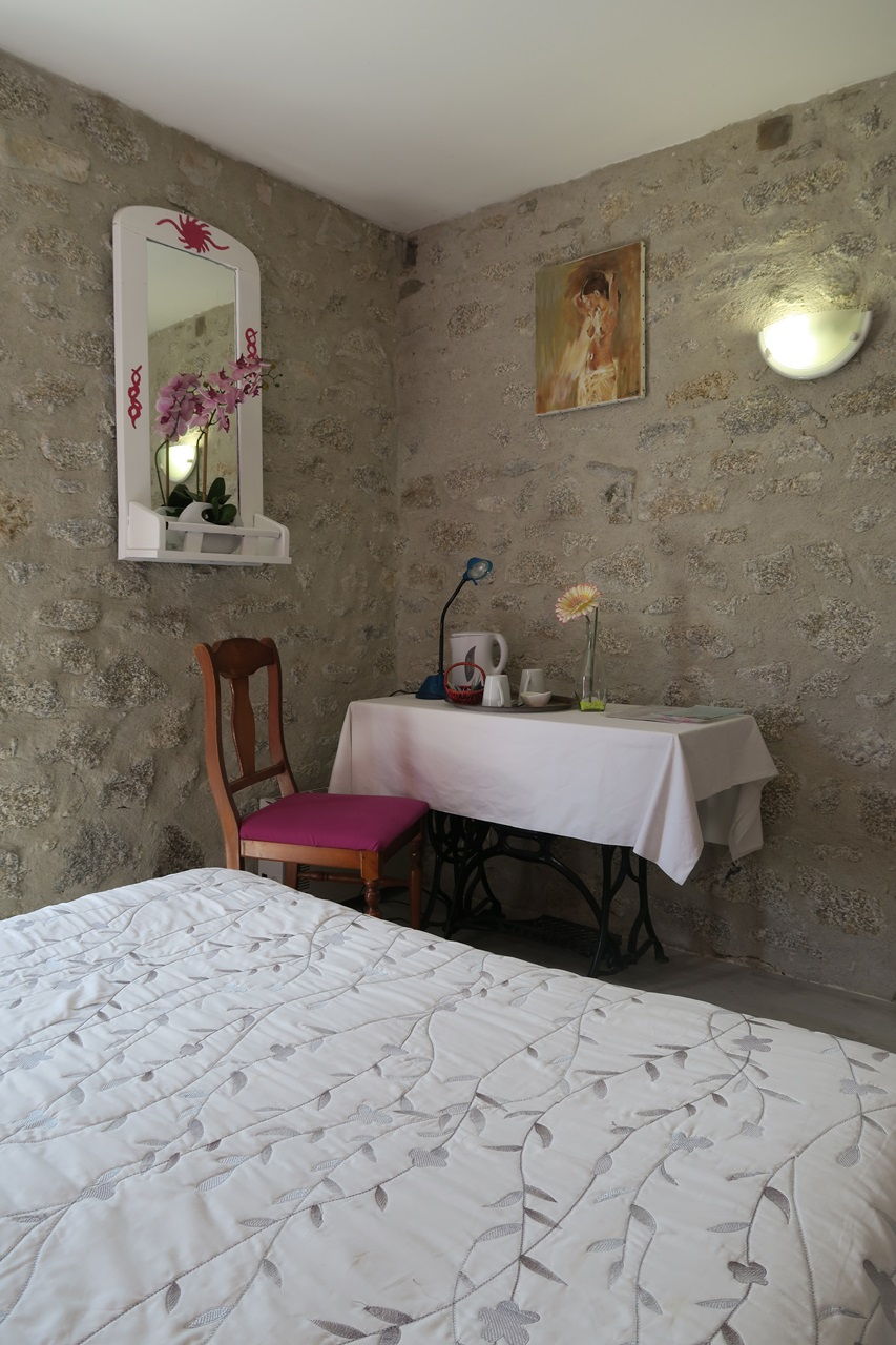 Gilibert-Devors Denise – Chambres d'hôtes-27