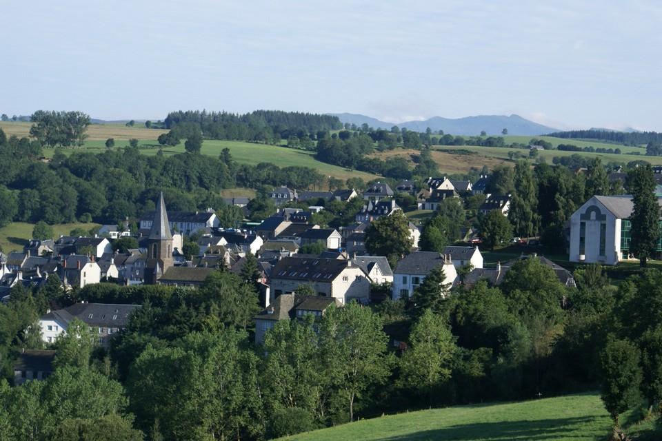 Pierrefort, a mountain market town-1