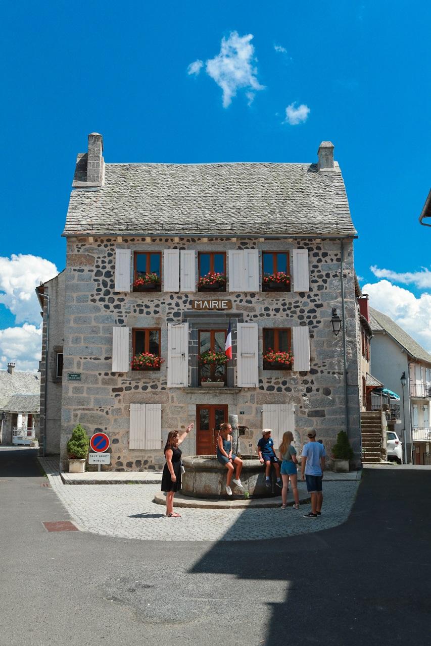 Saint-Urcize, beautiful heritage in Aubrac-6