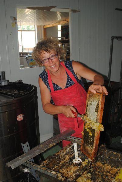 La Ferme aux abeilles – Ruchers de la Margeride-1
