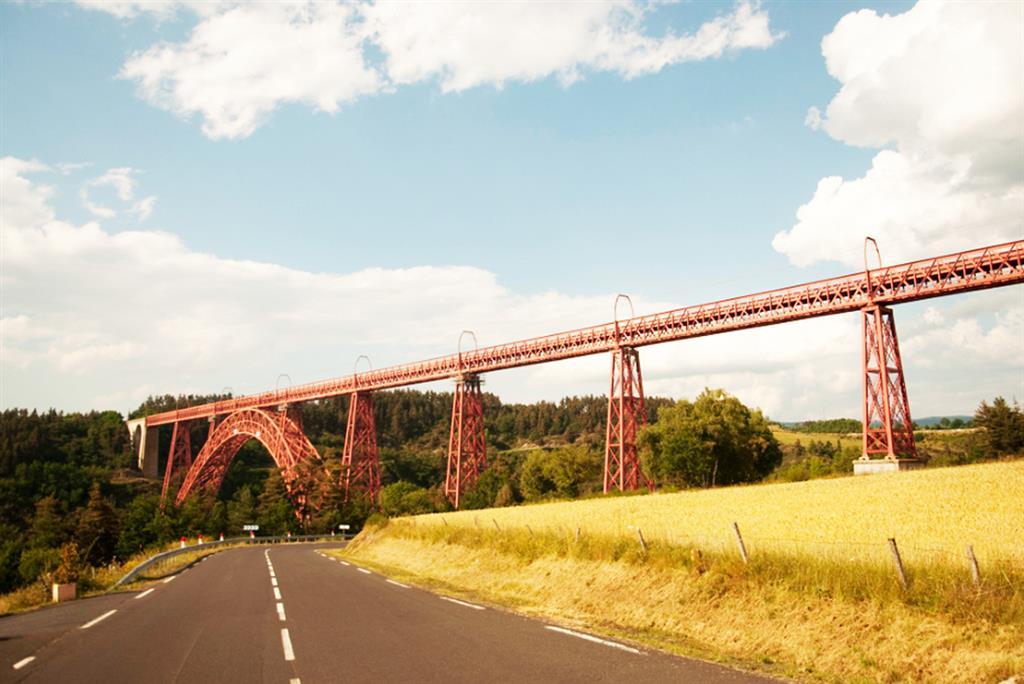 Het viaduct van Garabit, oeuvre van Eiffel-2