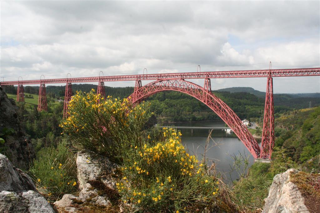 Het viaduct van Garabit, oeuvre van Eiffel-3