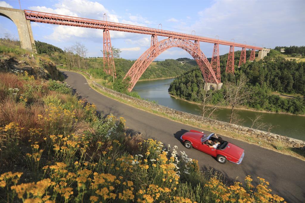 Het viaduct van Garabit, oeuvre van Eiffel-10