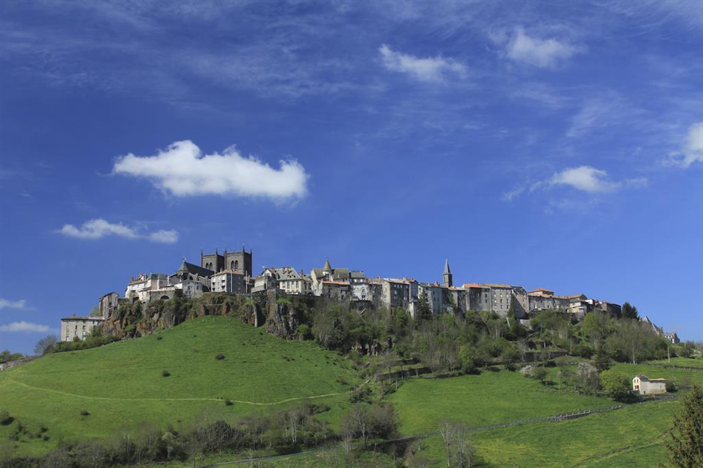 St-Flour, historische en middeleeuwse stad-1