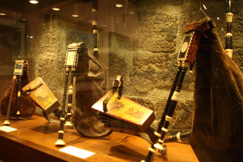 Museum van de Haute-Auvergne, bisschoppelijk paleis-3