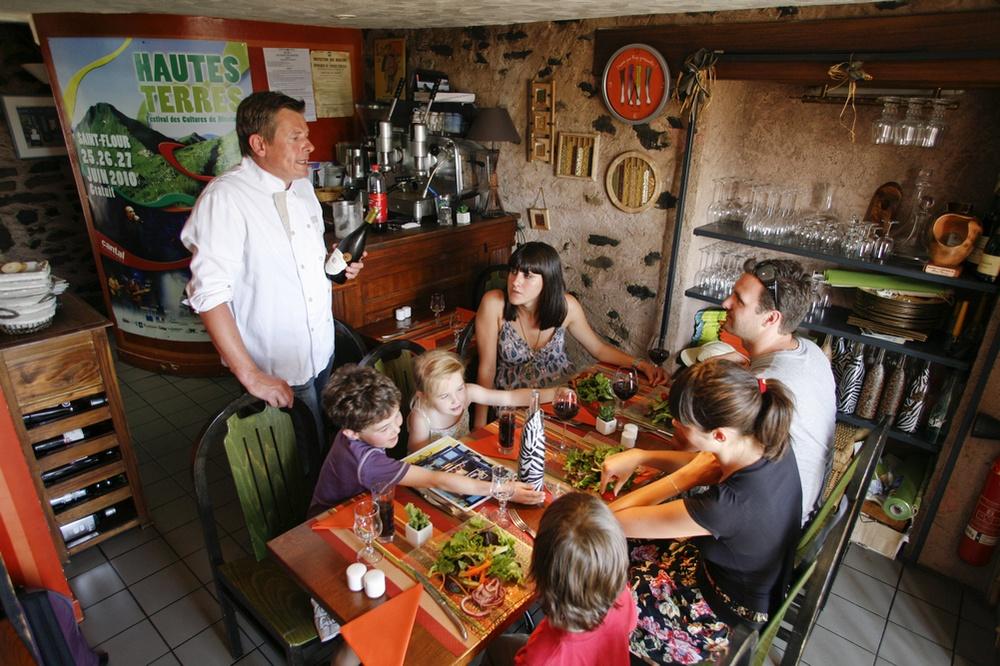 Chez Geneviève et bar à vin le Zag-6