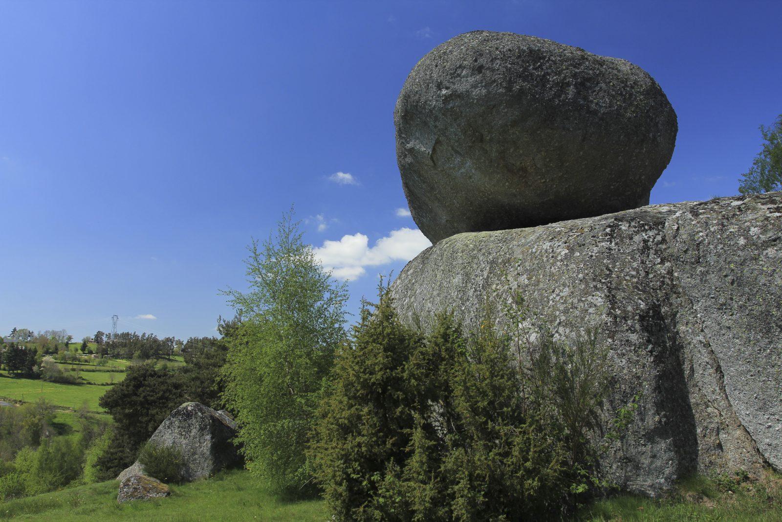 La Roche Branlante à Saint-Marc-1