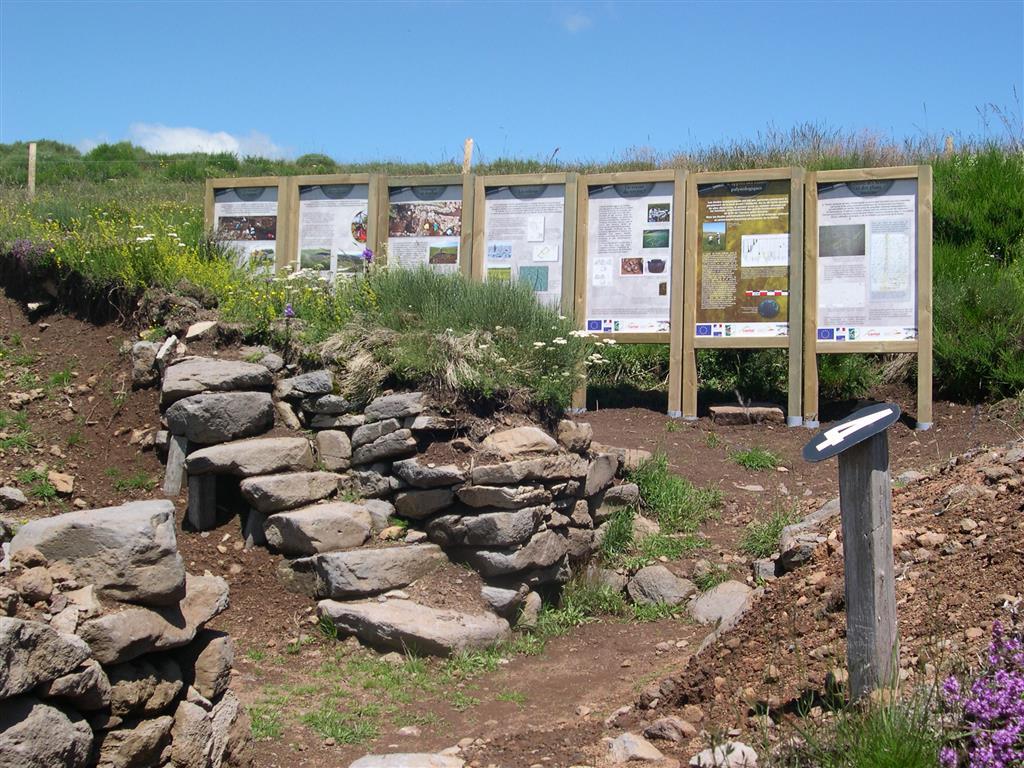 Site archéologique de Rissergues et salle d'exposition-5