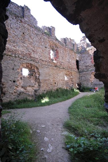 Site et château d'Alleuze-6