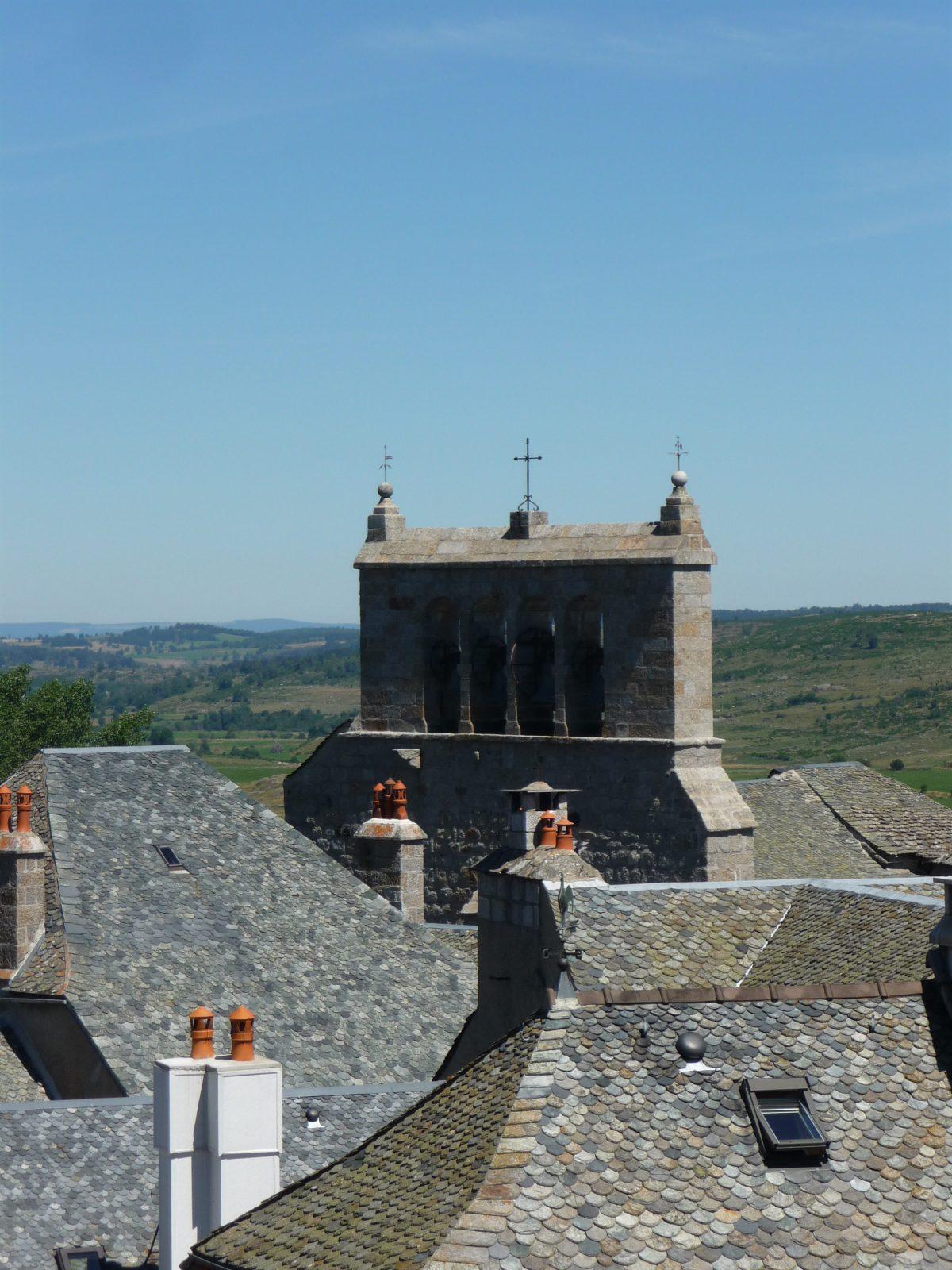 Église romane Saint-Pierre – Saint-Michel, Saint-Urcize-5