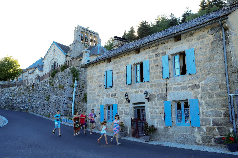 Saint-Just, village typique de Margeride-2