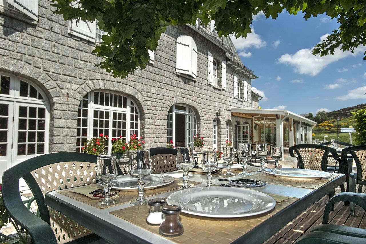 Hôtel restaurant Le Relais de l'Aubrac-11