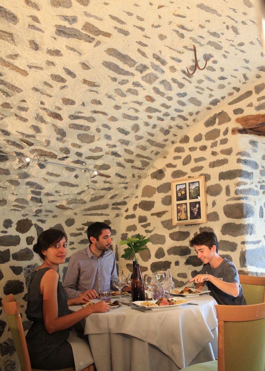 Hotel-Restaurant du Midi-14