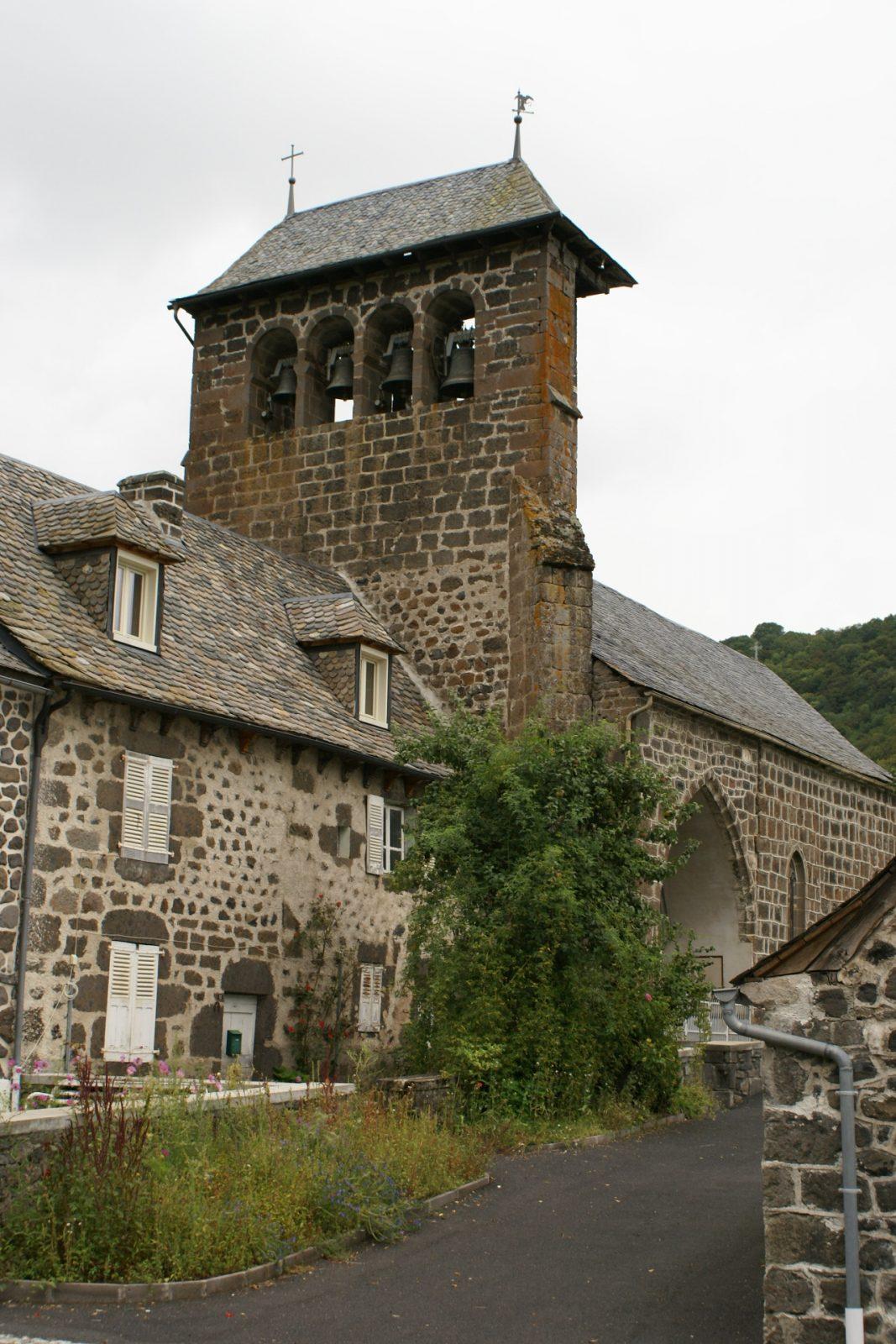 Eglise de Saint-Martin-sous-Vigouroux-1