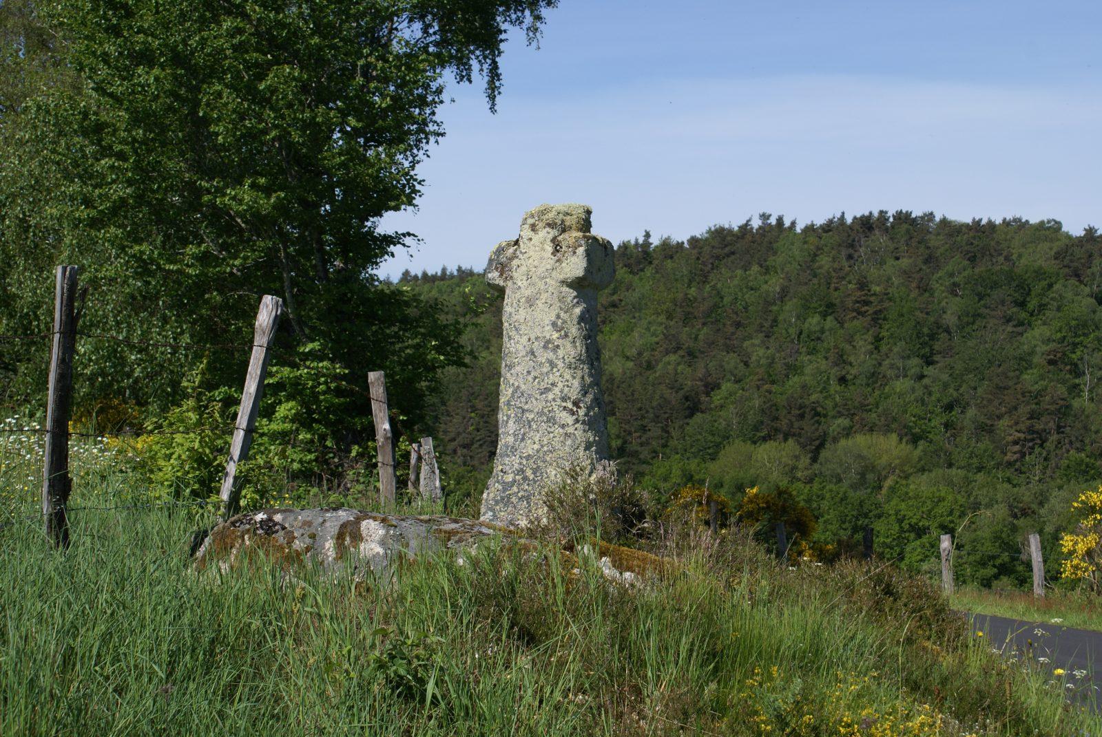 Menhir de la Baisse des Mazes-2