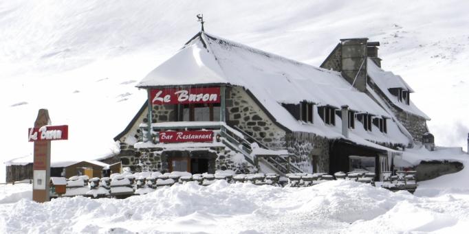 Trappeur au pied du Plomb du Cantal-5