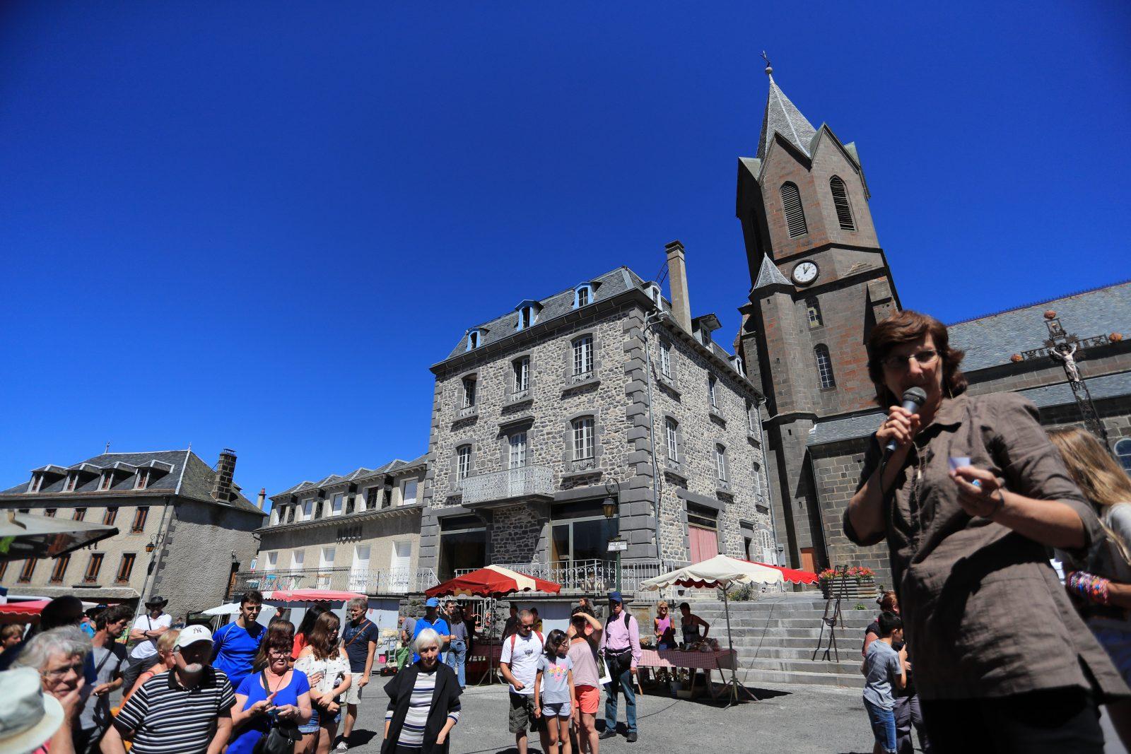 Office de tourisme des Pays de Saint-Flour – Bureau de Neuvéglise-1