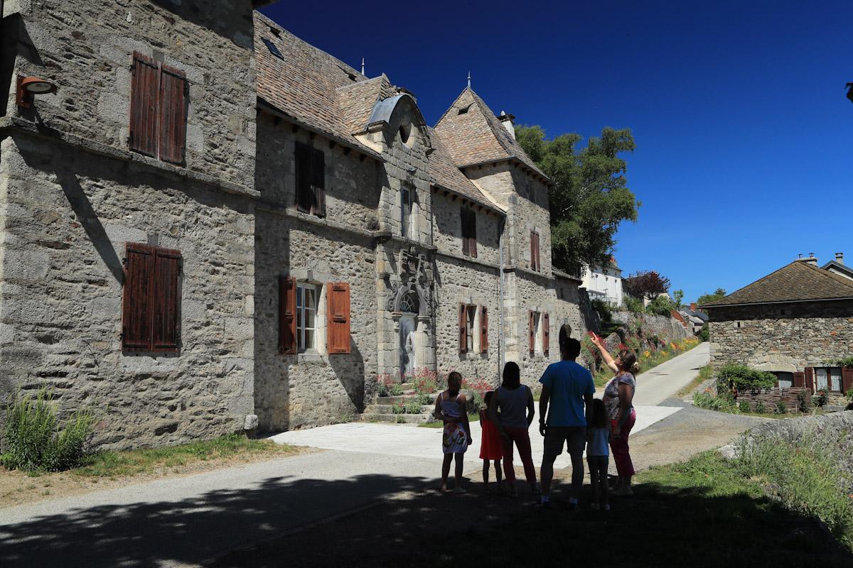 Village de Chaliers, dominant la Truyère-6