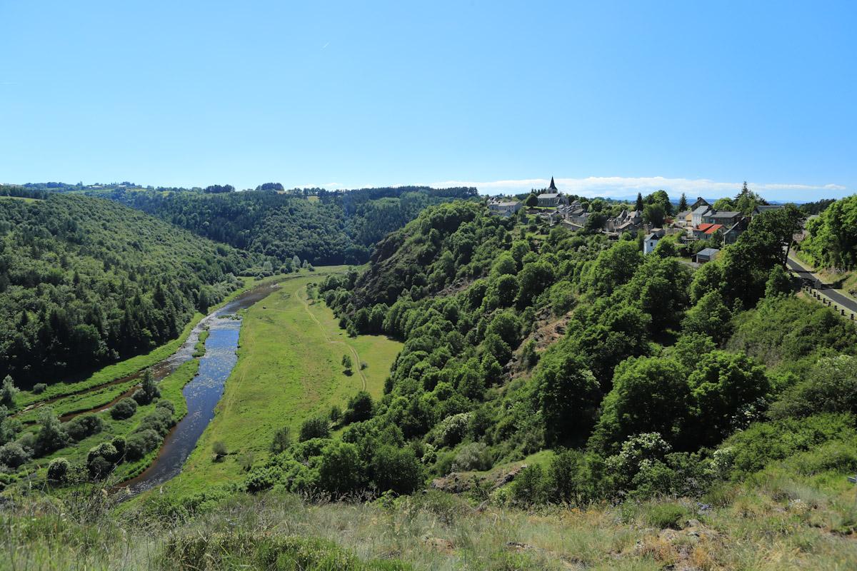 Village de Chaliers, dominant la Truyère-7